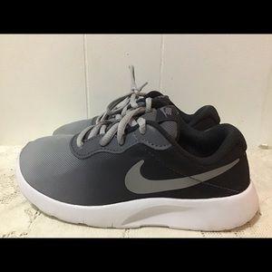 Kids Nike Tanjun AV8856 Children's Sneakers